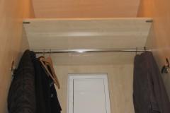 10-Gardeoben-Schrank-m-Sicherungskasten