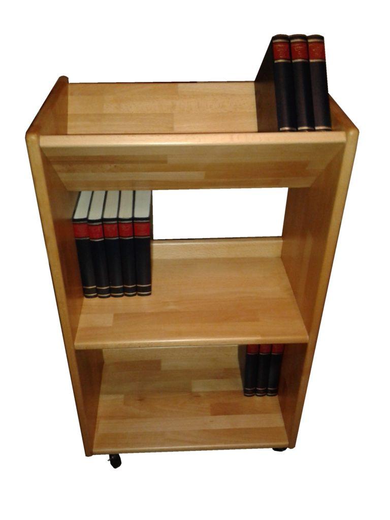 schöner kleiner Bücherwagen mit schräger Ablage, so dass die Buchrücken sehr gut zu sehen sind