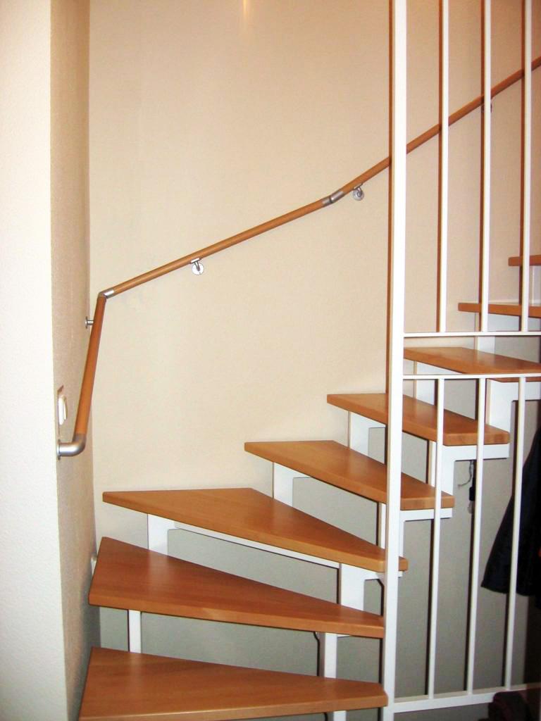Treppenhaus mit Buchelauf